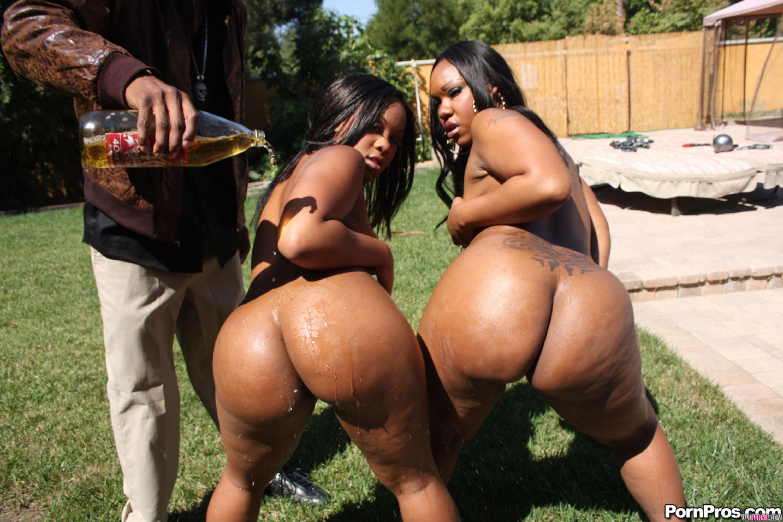 Негритянки с большими жопами